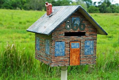 LB 22 The little house