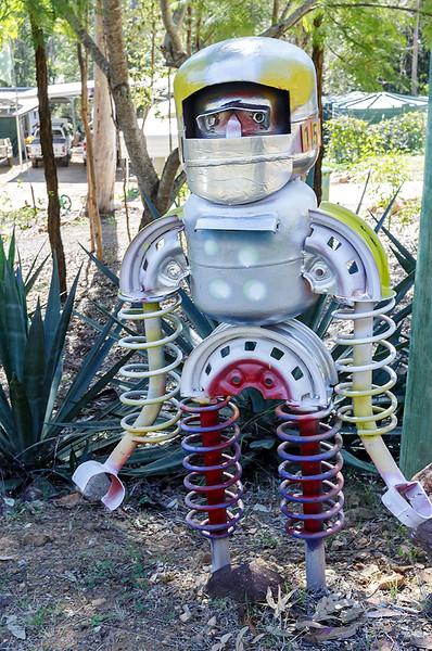 LB 163 The Little Robot