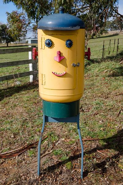 LB 48  Smiley Face