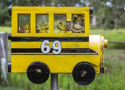 LB 72 The Shrek Bus