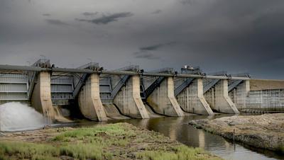 C 02  Coolmunda Dam