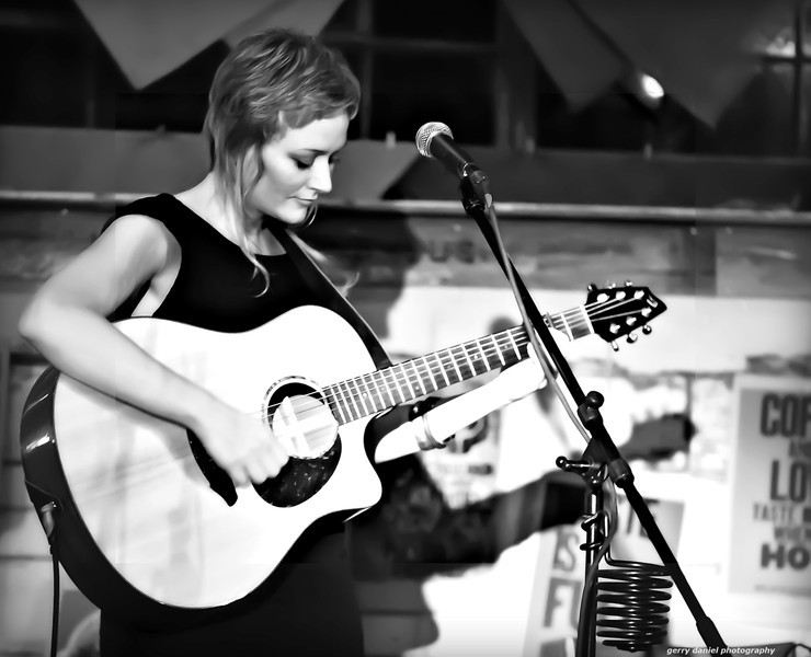 Angel Snow performing at the Red Cat Coffee House in Birmingham, Alabama on 9/9/2011.