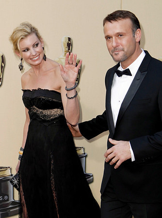 Faith Hill and Tim McGraw arrive during the 82nd Academy Awards Sunday,  March 7, 2010, in the Hollywood section of Los Angeles. (AP Photo/Matt Sayles)