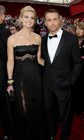 Tim McGraw and wife Faith Hill arrive at the 82nd Academy Awards Sunday,  March 7, 2010, in the Hollywood section of Los Angeles. (AP Photo/Amy Sancetta)