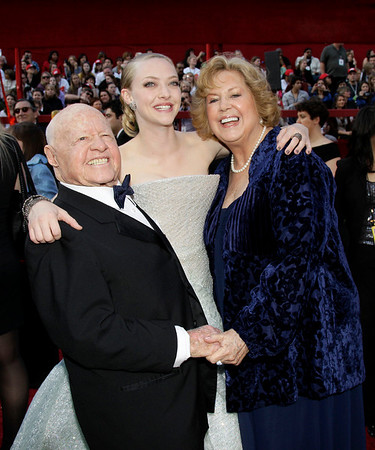 From left, Mickey Rooney, Anna Seyfried, and Jan Rooney arrive at the 82nd Academy Awards Sunday, March 7, 2010, in the Hollywood section of Los Angeles. (AP Photo/Amy Sancetta)