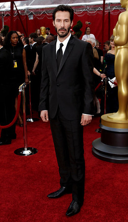 Keanu Reeves arrives during the 82nd Academy Awards Sunday,  March 7, 2010, in the Hollywood section of Los Angeles. (AP Photo/Matt Sayles)