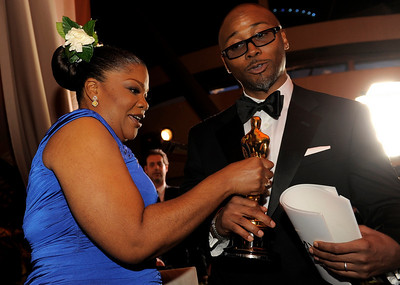 Oscar winner Mo'Nique and her husband Sidney Hicks the Governors Ball following the the 82nd Academy Awards Sunday,  March 7, 2010, in the Hollywood section of Los Angeles. (AP Photo/Chris Pizzello)