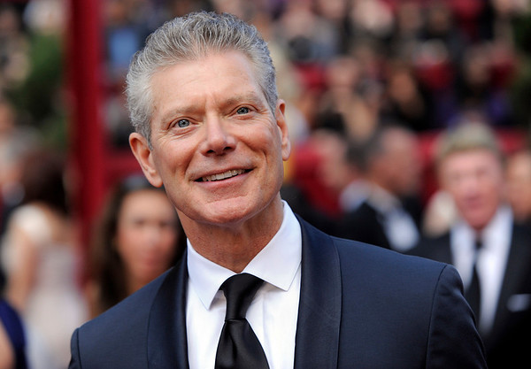 Stephen Lang arrives at the 82nd Academy Awards Sunday,  March 7, 2010, in the Hollywood section of Los Angeles. (AP Photo/Chris Pizzello)