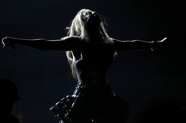 Beyonce performs at the Grammy Awards on Sunday, Jan. 31, 2010, in Los Angeles.  (AP Photo/Matt Sayles)
