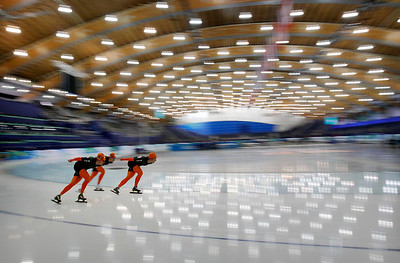 Holland's speed skaters train for the team pursuit at the Richmond Olympic Oval at the Vancouver 2010 Olympics in Vancouver, British Columbia, Monday, Feb. 22, 2010. (AP Photo/Kevin Frayer)