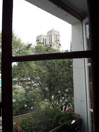 Paris w/ Lenka & Jana