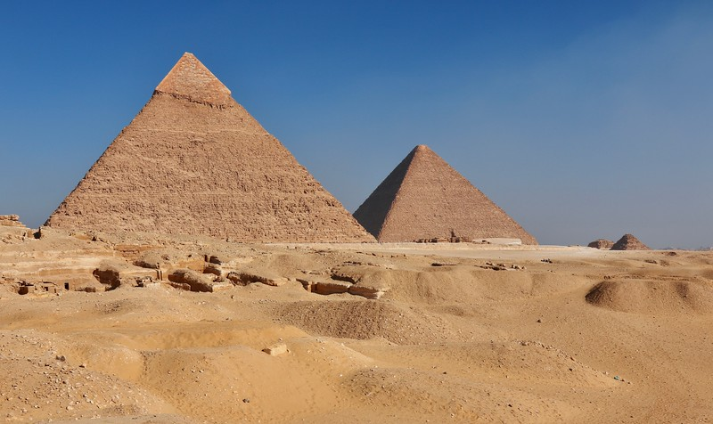 Pyramid of Khafre (left) and Great Pyramid (Pyramid of Khufu) on right
