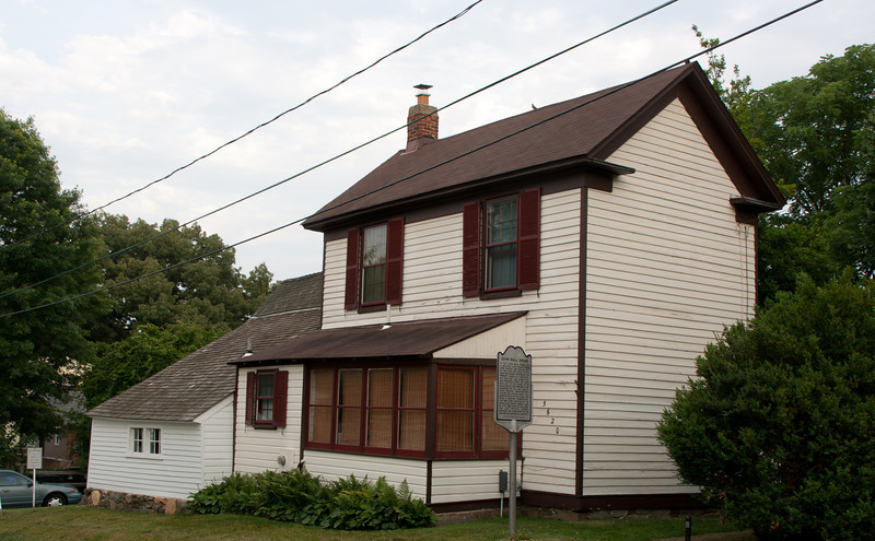 Ball-Selllers House