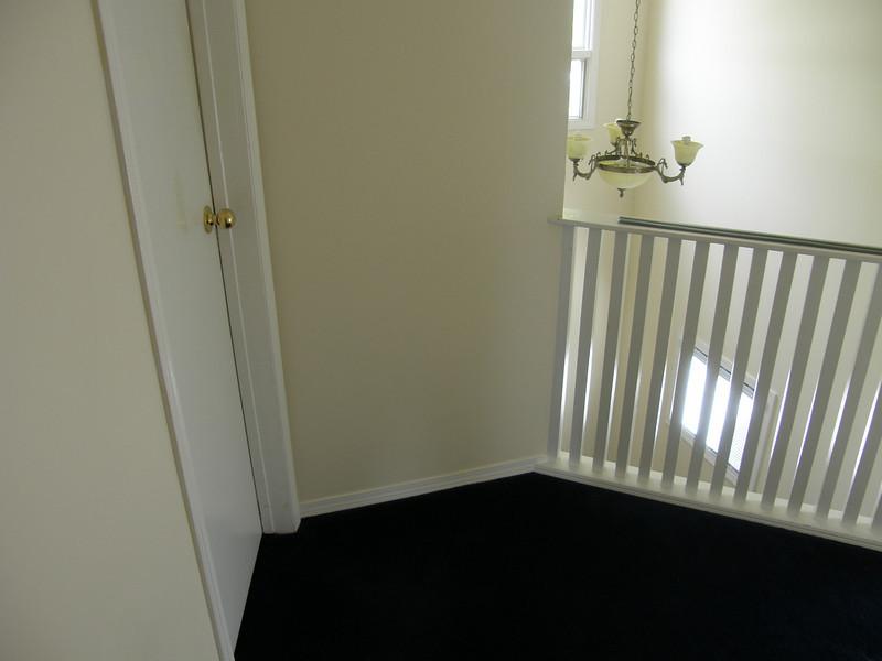 Entrada al cuarto de Jay. (cuarto 2)