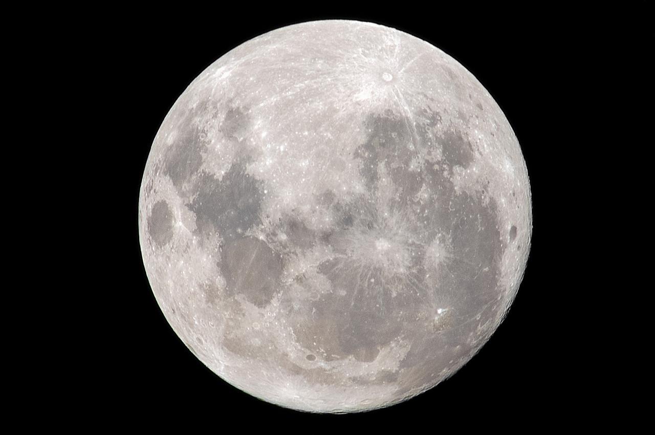 Full moon over Flagstaff, Dunedin, 25 February 2013