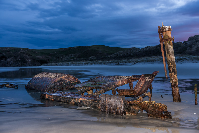 The shipwreck of the whaler Hananui II. Ryans Beach, Otago Peninsula
