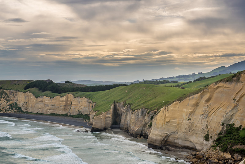 The coastline west of Tunnel Beach