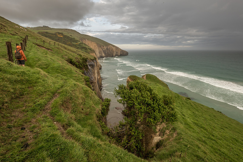 Foul weather on the coast between Black Head and Tunnel Beach