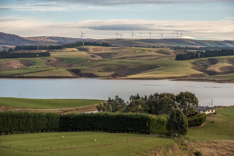 Lake Mahinerangi windfarm