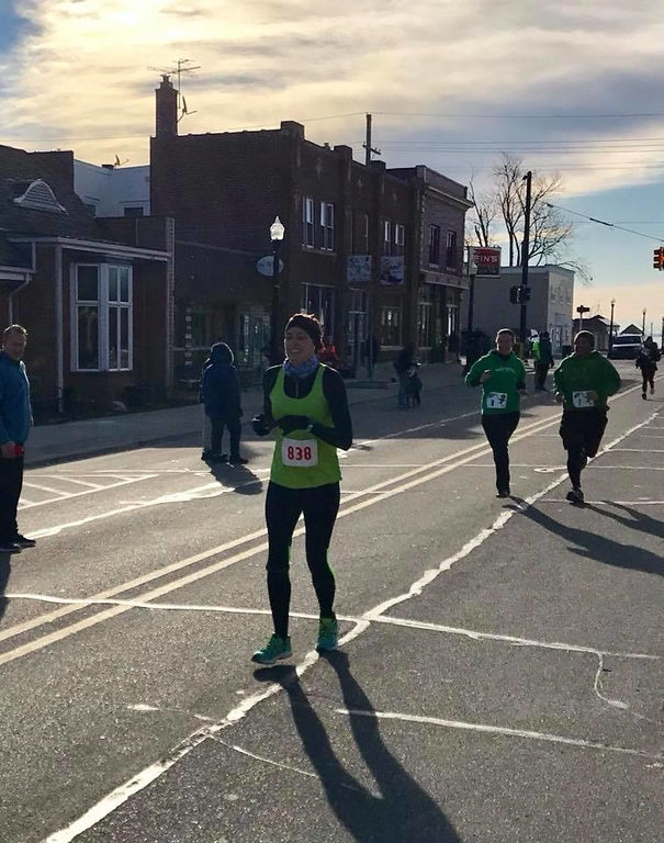 . The inaugural St. Patty\'s Day Strev Strut, a 5K run/walk, drew hundreds to downtown New Baltimore in support of Anchor Bay Middle School North track and cross country coach Missy Streveler on March 17. (Photo courtesy of ROAD RUNNER TIMING/FACEBOOK)