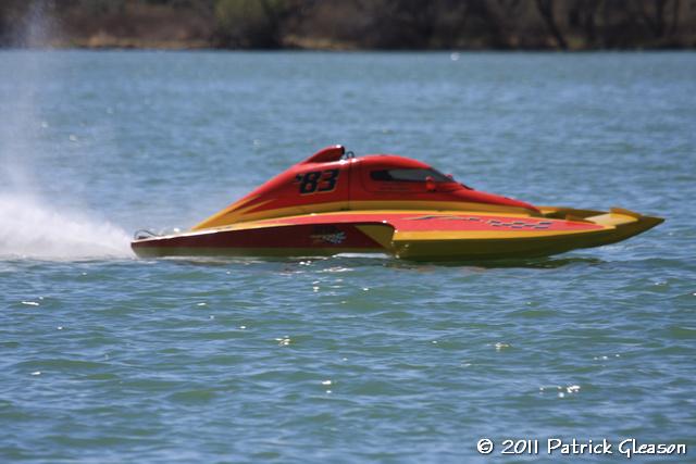 Moses Inboard Sun 1026