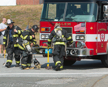 Salem Engine 2 arriving at the scene and getting equipment ready.