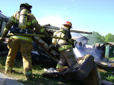Storage Trailer/Rubbish Fire - Cully's - July, 2010