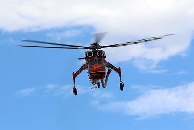 "HELITAC 738 / N957AC Sikorsky S-64E Skycrane - ""Ichabod"" - Jandakot-based - Under fuselage water tank (9,200 L) and pump pack"
