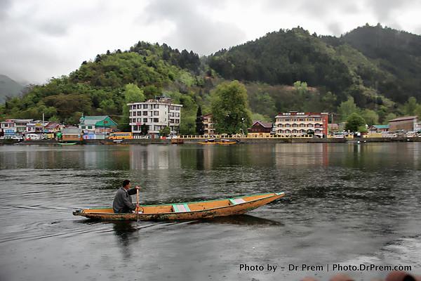 The Kashmiri Boats Beguile