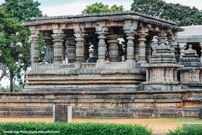 Nandi enclosure, Hoysaleswara temple, Halebidu