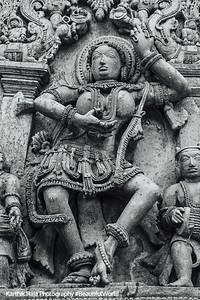 Dancer, Hoysaleswara temple, Halebidu