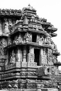 The decorated outer wall of the main temple, Hoysaleswara temple, Halebidu