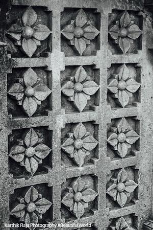 Door, Hoysaleswara temple, Halebidu
