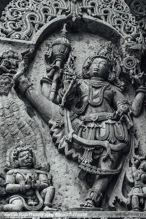 Vamana relief sculpture Hoysaleswara temple, Halebidu