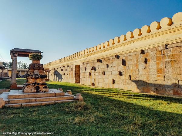 Temple Complex, Tulsi mandap, Sri Ranganathaswamy Temple, Srirangapatna, Karnataka