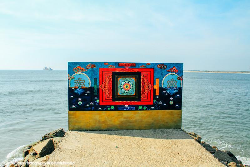 Painting, Mahatma Gandhi Beach shore, Fort Kochi, Kerala