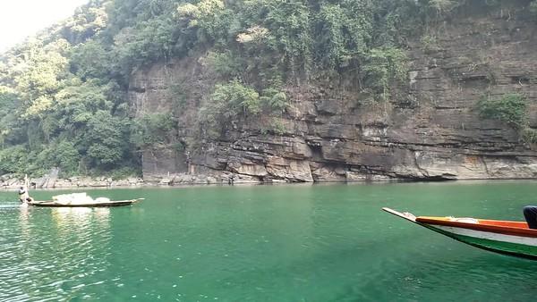 Dawki river, boats and fisherwoman video