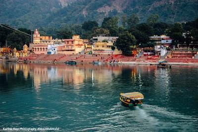 Temple town of Rishikesh, Uttaranchal, India