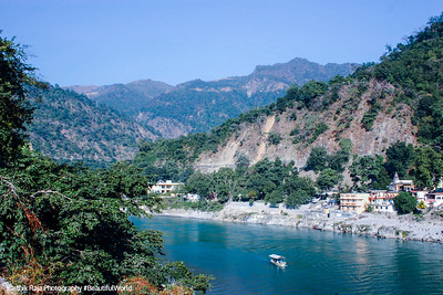Ganges, Temple town of Rishikesh, Uttaranchal, India