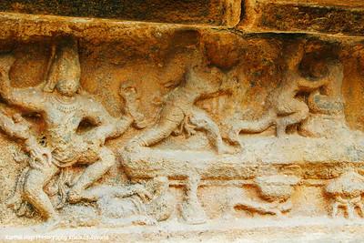 Markandaya holding on to the lingam, Darasuram, Airavateswara temple, Rajaraja Chola II, 12th century AD, Darasuram, Tamil Nadu, India