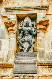 Veerabhadra, Airavateswara temple, Rajaraja Chola II, 12th century AD, Darasuram, Tamil Nadu, India