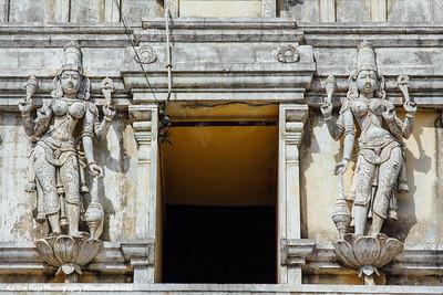 Dancers pretending to be Dwarapalayas, Kamakshi Amman temple, Kanchipuram, India