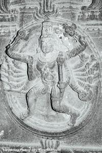 Hall of 100 pillars - Nataraj, Varadaraja Perumal Temple, Kanchipuram, India
