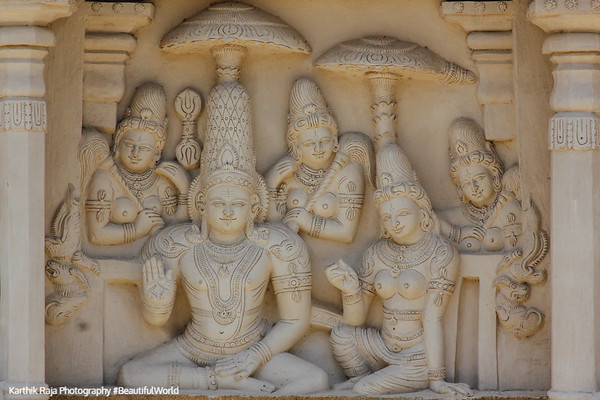 God with Godesses Sculptures, Kailasnatha temple, Kanchipuram, India