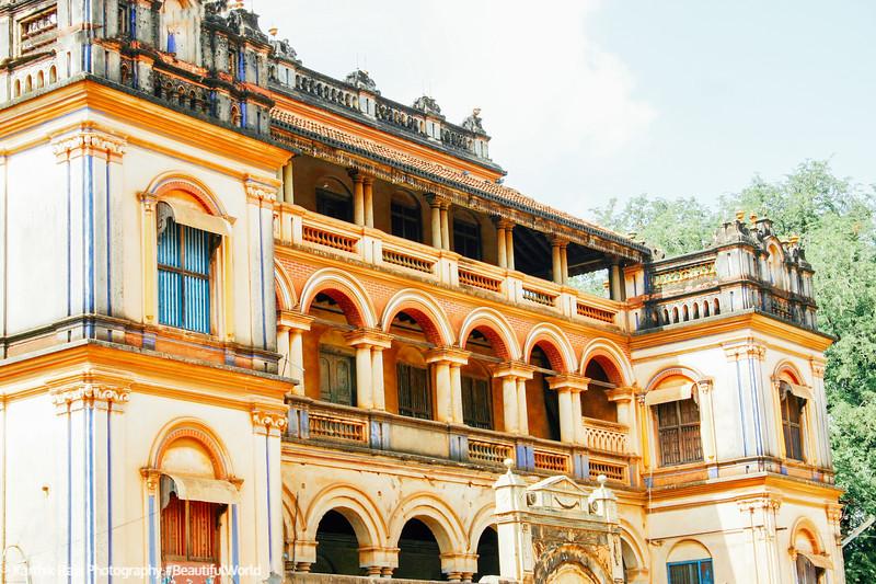 Kottaiyur house, 1000 windows, Karaikudi, India