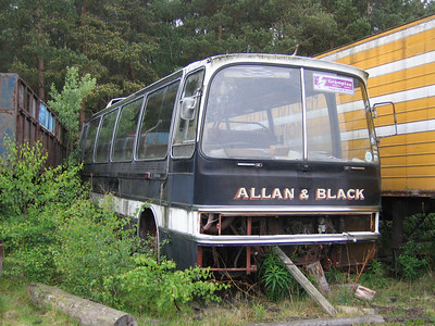 Allan_Black withdrawn 2 Depot Aboyne Jun 05