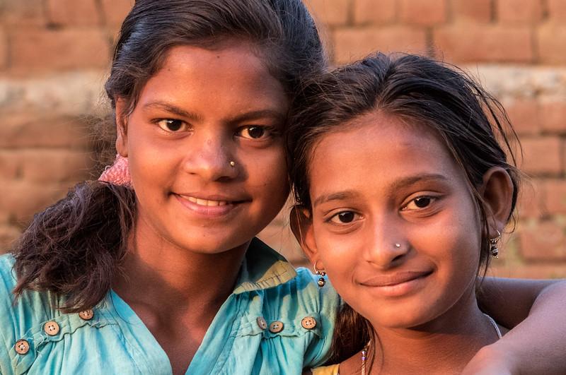 Lata, Bhoramdeo, Chhattisgarh, India. A pair of village girls.