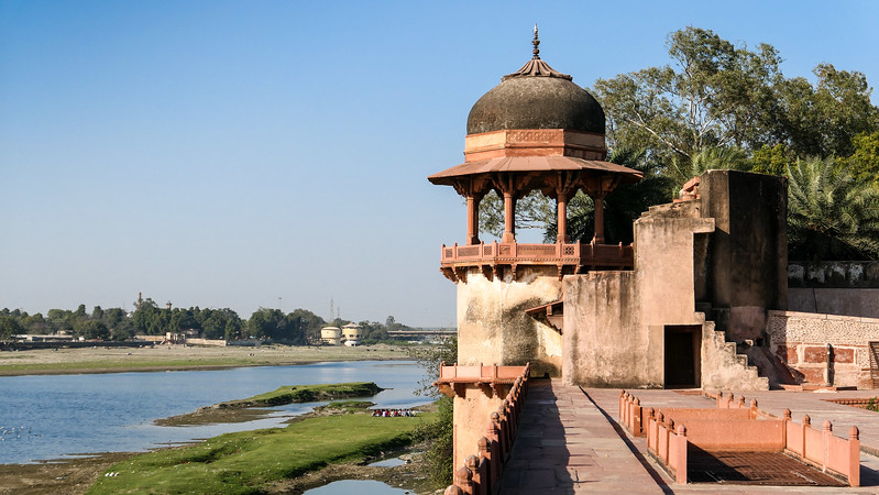 Along the banks of the Yamuna River in Agra