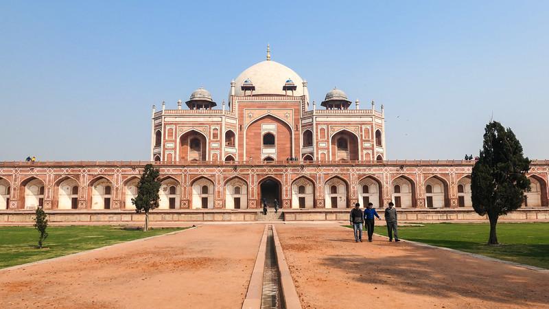 Visiting Humayun's Tomb in Delhi