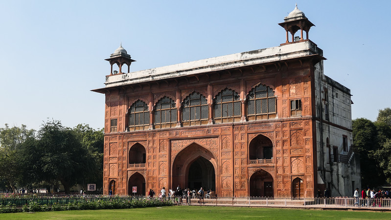 Touring the Red Fort in Delhi